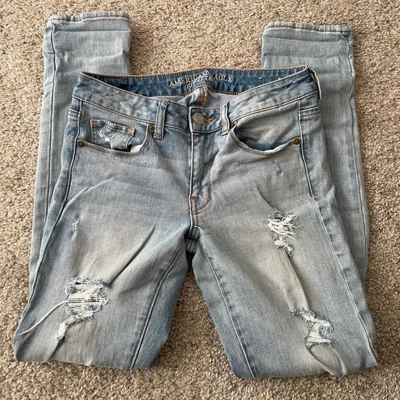 AE Distressed Skinny Jeans